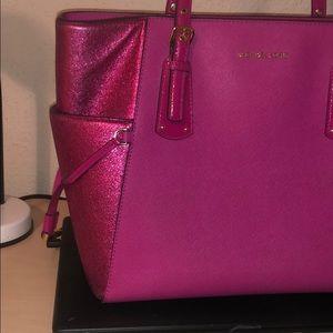 a1feefd3a92bdb Michael Kors Bags - Michael Kors Voyager Ultra Pink